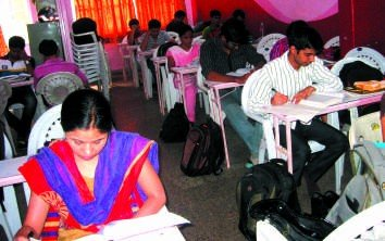 mpsc and upsc classes Institute Study Room